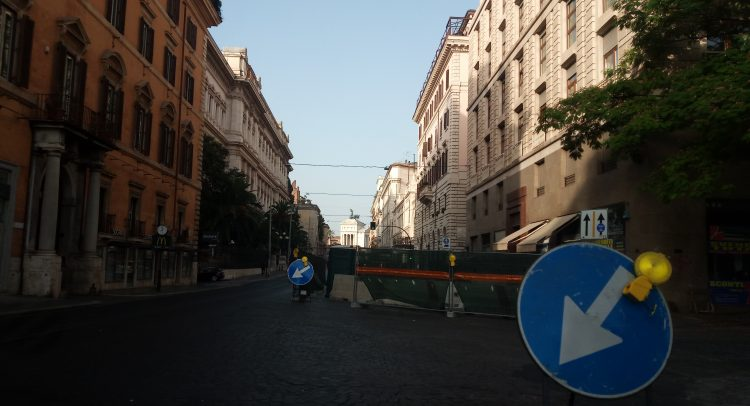 Roma, è guerra ai sampietrini secolari   Rec News dir. Zaira Bartucca
